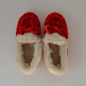 GAP kids slippers